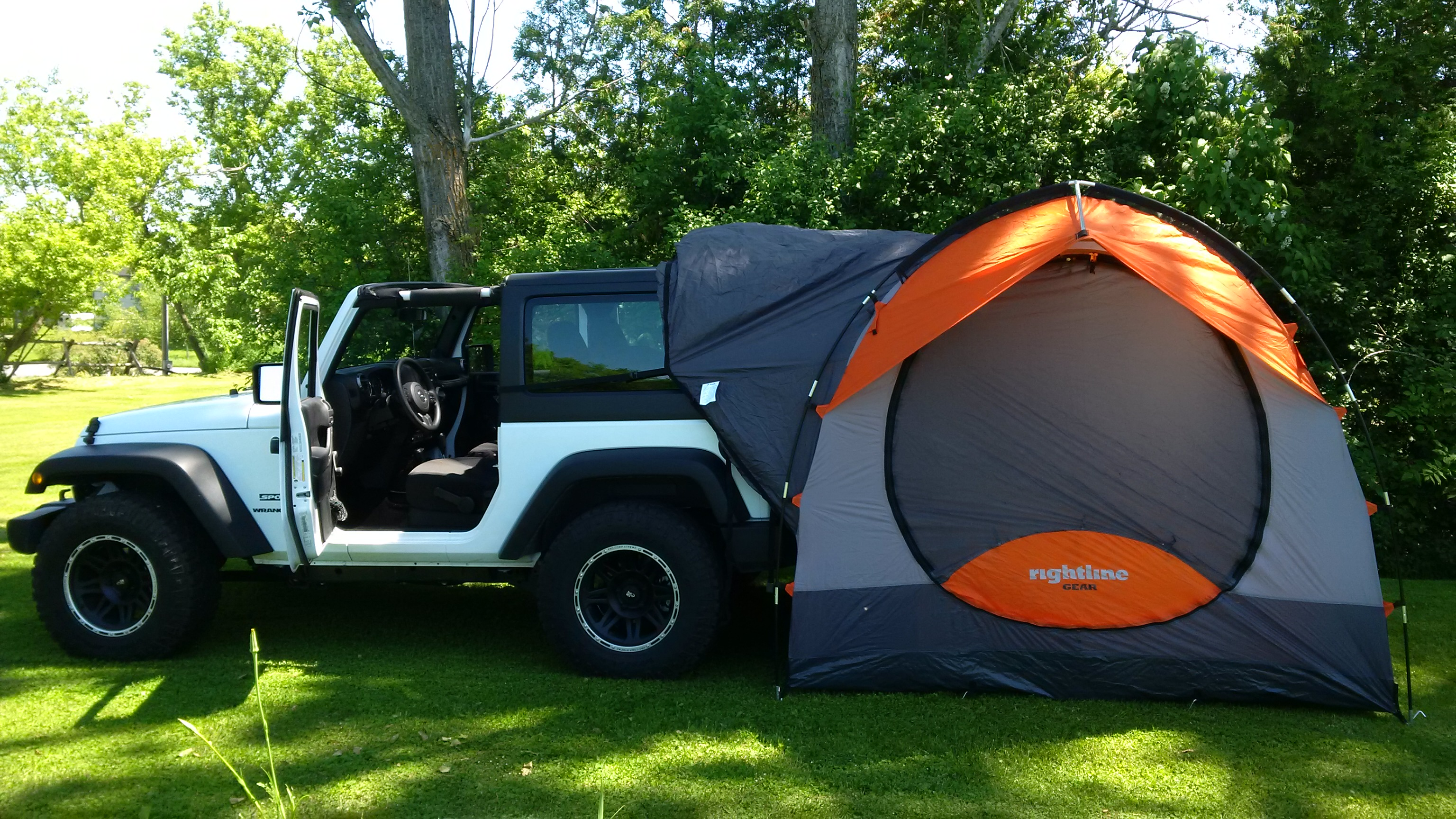 1a & Jeep Products | SUV Tent | Wrangler | Rightline Gear