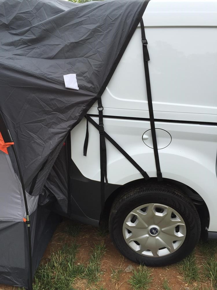 036 & Ford Transit Connect | SUV Tent | Rightline Gear